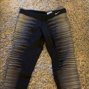 Nike Glow leggings